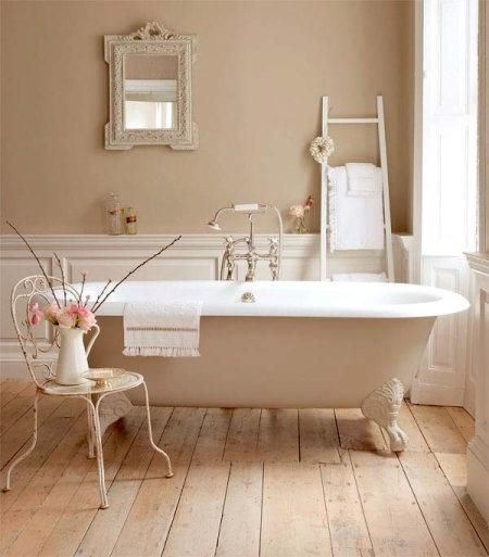 Бонусом при установке ванны будет солидный внешний вид, легкий уход