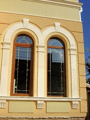 Окна способны подчеркнуть выбранный стиль дома или квартиры