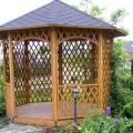 Садовые беседки с мангалом для дачи